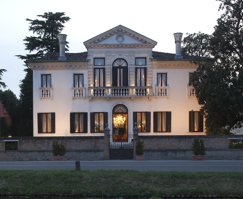 Franceschi House